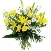 Bouuqet of Long Stemmed Flowers in Yellow & White