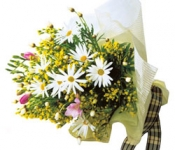 Seasonal Bouquet (white & yellow)